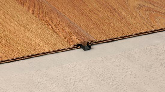 Laminate Flooring Transition Strips, Laminate Flooring To Carpet Joiner